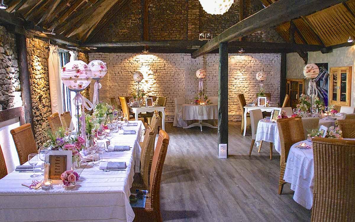Scheune für Hochzeitsfeiern in Mettenheim